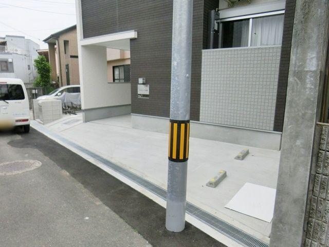 メルヴェーユ蛍池駐車場