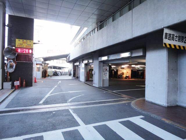 栄(名古屋)周辺の駐車場 雲竜フレックスビル駐車場