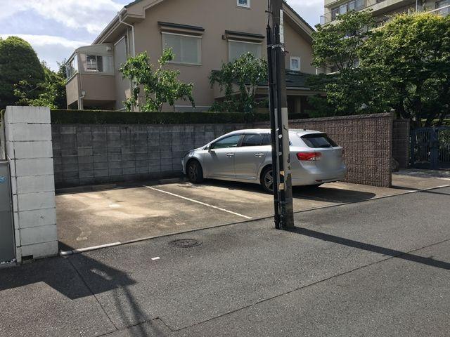 髙木駐車場