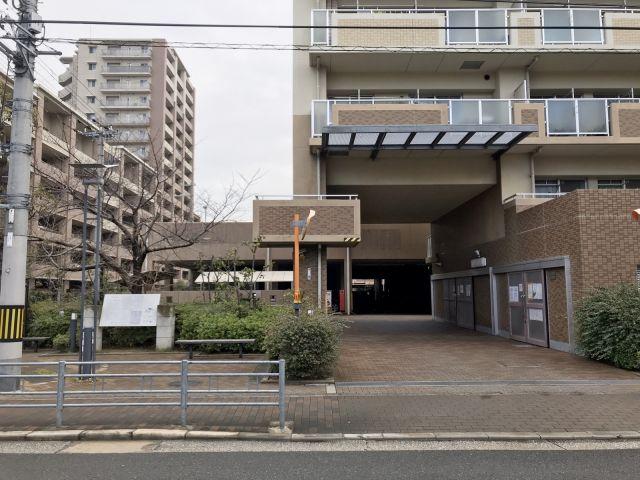 東長居団地駐車場【2F屋上】(1014)