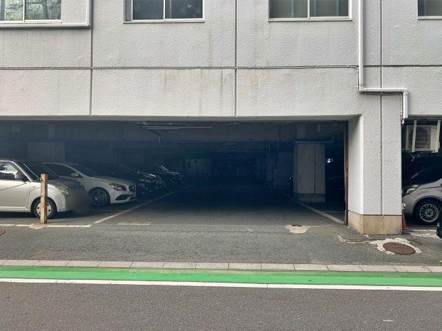 福岡市博多区博多駅南3-15-29駐車場