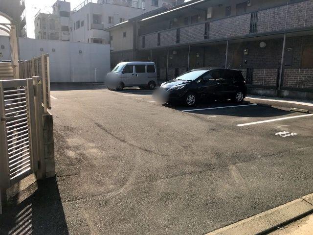 住吉神社前駐車場