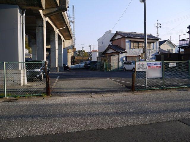 宇治山田高架下3号駐車場