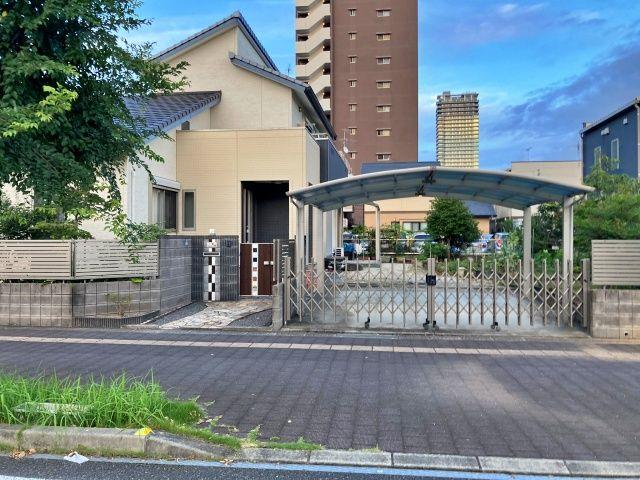 熊本駅から車で1分吉瀬邸激近駐車場