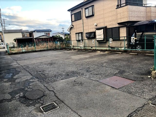 西本町駐車場